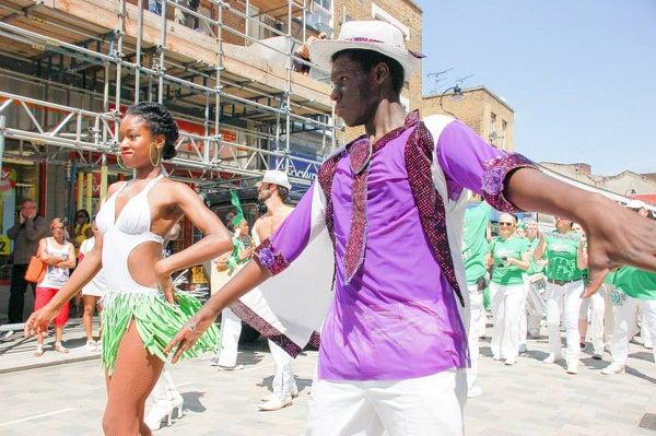 2014 Waterloo Carnival with London School of Samba Dancers Nay Nay Gapomo and Kanika Findley-Chin